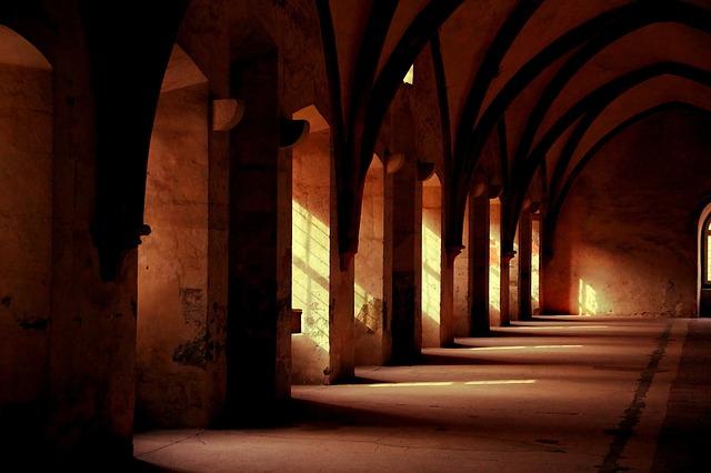 hala kláštera